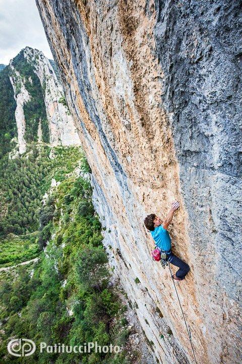 Climbing at Abella de la Conca
